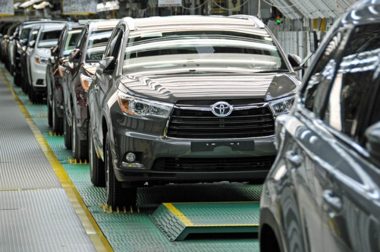 Toyota Highlander production line