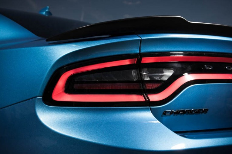 2015-Dodge-Charger-R-T-Scat-Pack-06
