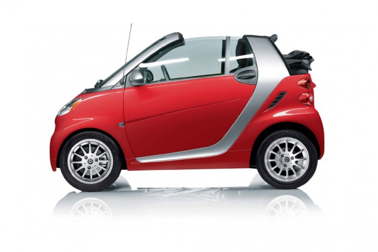 2013-smart-fortwo-passion-cabriolet-profile-view