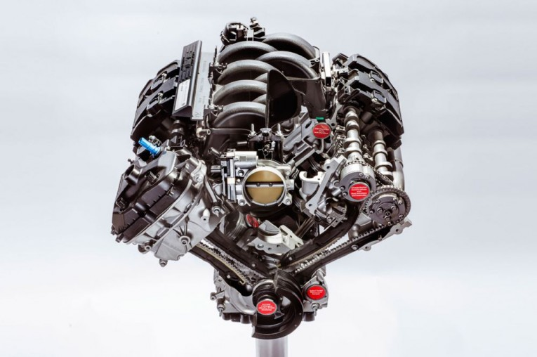 2016-ford-shelby-gt350-mustang-v-8-engine