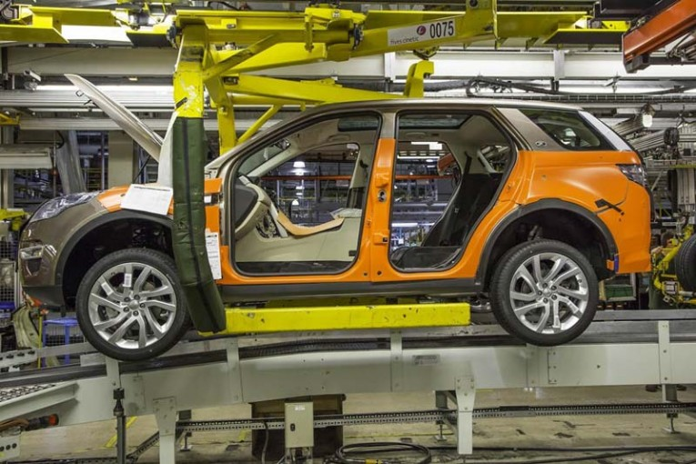 Land-Rover-Discovery-Sport-production