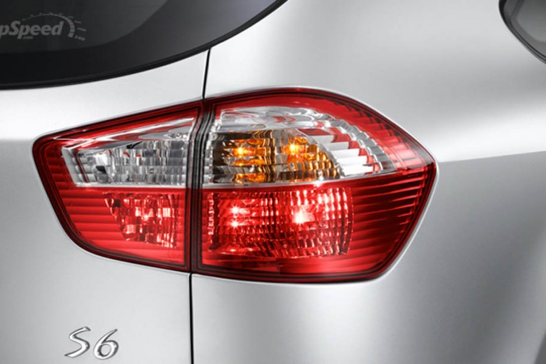 byd-s6-taillight