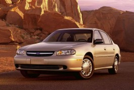 2000-chevrolet-malibu-front-side-view