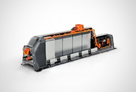 volvo-t5-twin-engine-lithium-ion-battery-exposed-interior-view