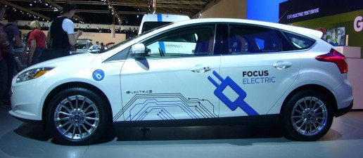 Ford_Focus_Electric_side_car