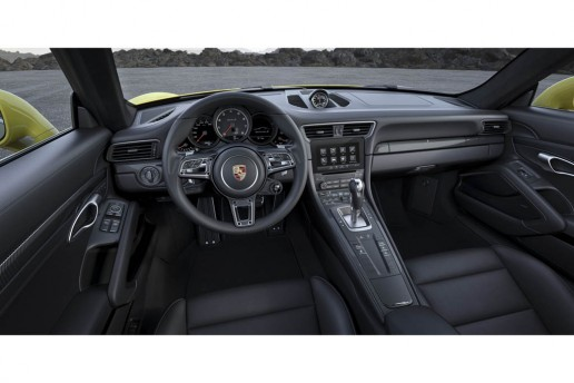 Porsche 911 Turbo S facelift interior