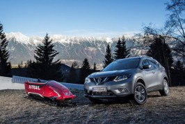 Nissan X-Trail Seven-Seater Bobsleigh