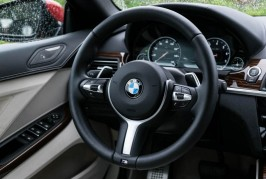 2016-BMW-640i-convertible-111
