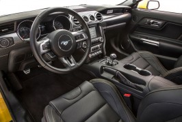 2016-Ford-Mustang-GT-interior