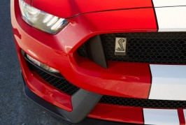 2016-Ford-Mustang-Shelby-GT350-206