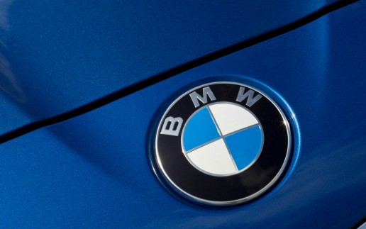 BMW-M5-Badge