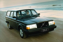 Volvo wagons over the years 01
