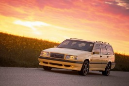 Volvo wagons over the years 04
