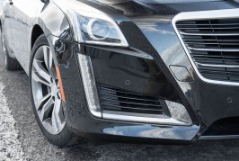 2016-Cadillac-CTS-V-Sport-front-end