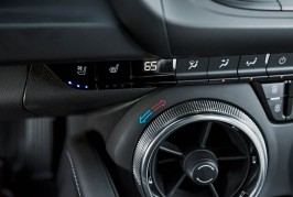 2016-Chevrolet-Camaro-SS-seat-warmers-and-coolers