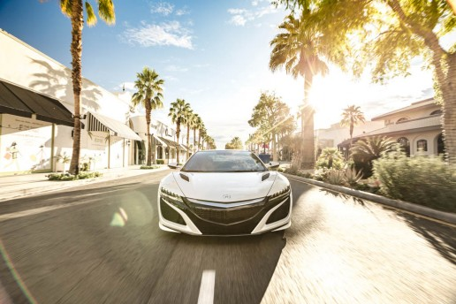 2017-Acura-NSX-front-end-in-motion-03