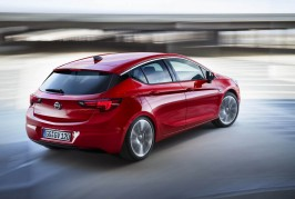 opel-astra-wins-2016-euro-coty-3