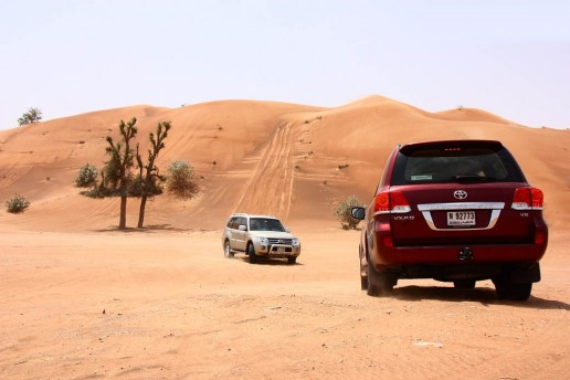 2012-Toyota-Land-Cruiser-4.6-VX-R-in-Dubai-10