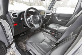 2016-Jeep-Wrangler-Unlimited-Rubicon-Hard-Rock-front-interior-seats