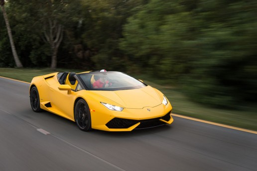 2016-Lamborghini-Huracan-Spyder-front-three-quarter-in-motion-07-3