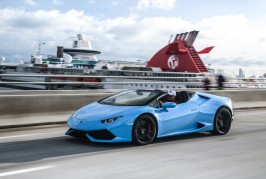 2016-Lamborghini-Huracan-Spyder-front-three-quarter-in-motion-21