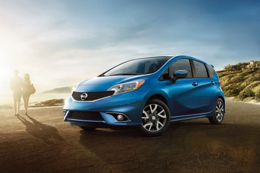 2016-Nissan-Versa-Note-front-three-quarter-02