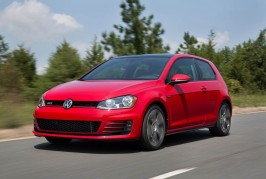 2016-Volkswagen-Golf-GTI-front-three-quarter-in-motion