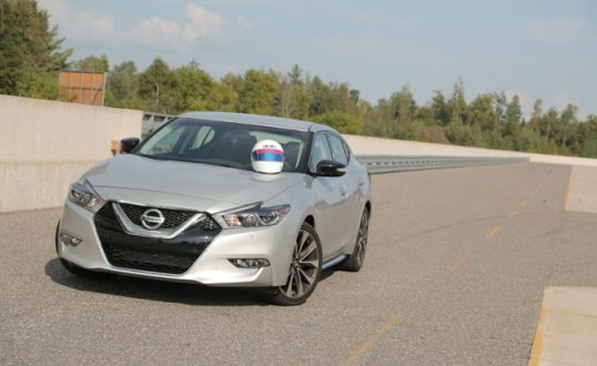 2016-nissan-maxima-how-to-drive-on-a-track-02