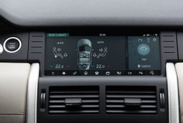 2017-Land-Rover-Discovery-Sport-InControl-Touch-Pro-06