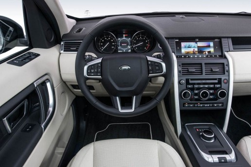 2017-Land-Rover-Discovery-Sport-Tile-Bluetooth-tracking-device-08