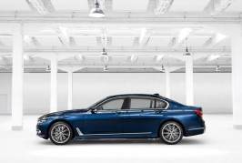 BMW 7 Series 100-Year Anniversary Edition 03