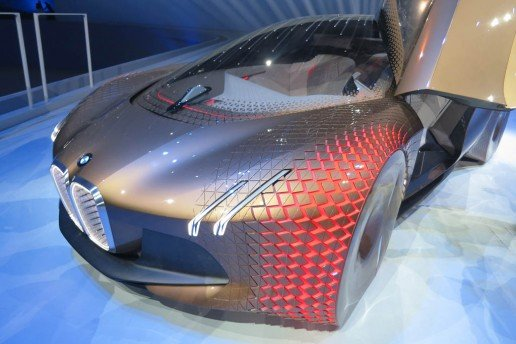 BMW-Vision-Next-100-front-34