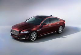 Jaguar XFL (Chinese spec)