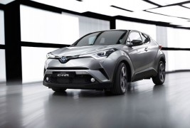 2016-Toyota-C-HR-front-three-quarter-in-motion