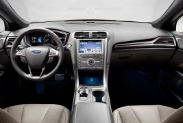 2017-Ford-Fusion-Sport-front-interior-02