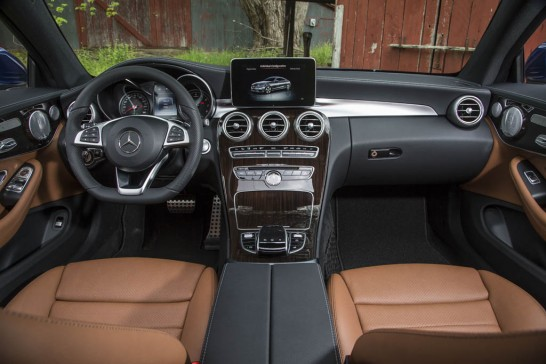 2017-Mercedes-Benz-C300-Coupe-18