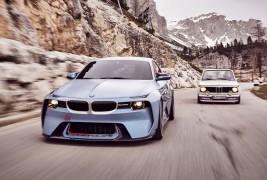 BMW-2002-Hommage-and-original-front-view-2
