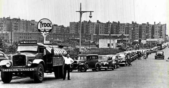 Gas_rationing_in_NYC__December_1942__square