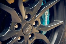 2016-Ford-Focus-RS-wheel
