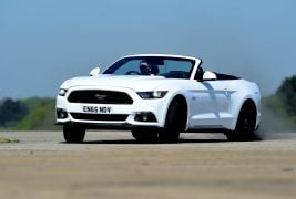 2016 - Ford Mustang 04