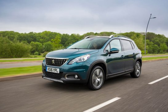 2016-Peugeot-2008-front-three-quarter-in-motion-1