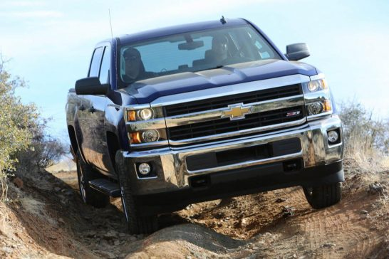 2016-chevrolet-silverado-hd-is-the-new-face-of-strong-photo-gallery_4