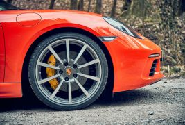 2017-Porsche-718-Boxster-S-with-PDK-fender-and-wheel