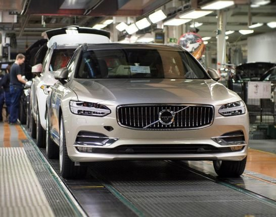 Start_of_production_of_new_Volvo_V90_premium_estate
