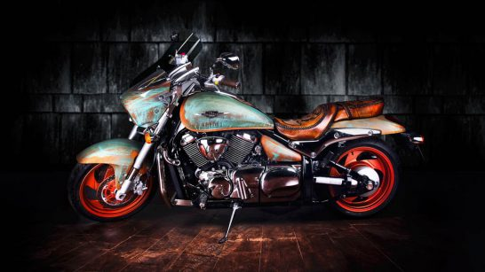 Suzuki-Intruder-by-Vilner-2