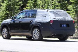 vw-crossblue-spy-shots5