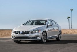 2015-Volvo-S60-T6-Drive-E-front-three-quarters-in-motion1
