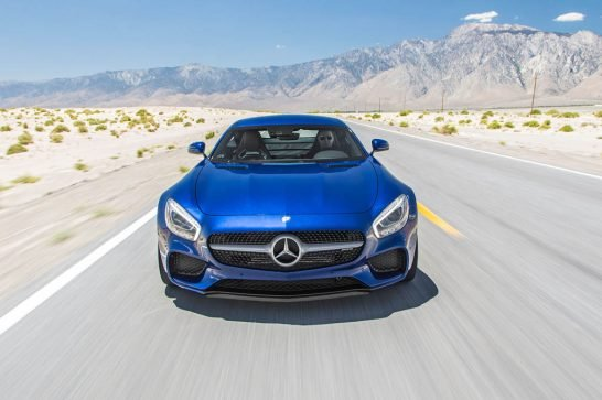 2016-Mercedes-AMG-GT-S-front-view-in-motion-02