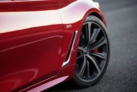 2017-Infiniti-Q60-Coupe-front-wheels1