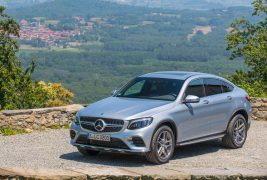 2017-Mercedes-Benz-GLC300-Coupe-front-three-quarter-03